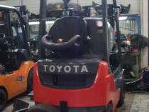 naprawa gwarancyjna wózków widłowych na warsztacie firmy saw-trak